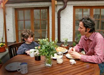 Artetonal, Frühstück im Innenhof